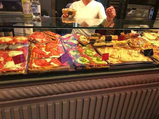cinque terre pizza vendor